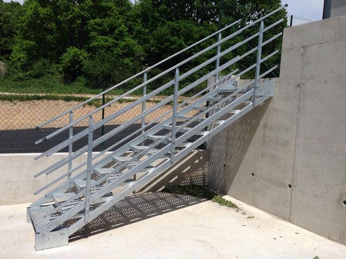 Escalier industriel galvanisé