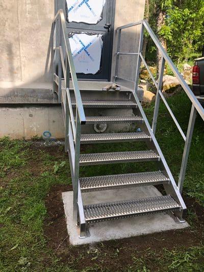 Escalier en alu marche antidérapante