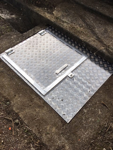Capot aluminium pose en feuillure