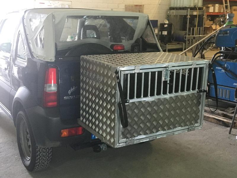 Caisse aluminium pour chien